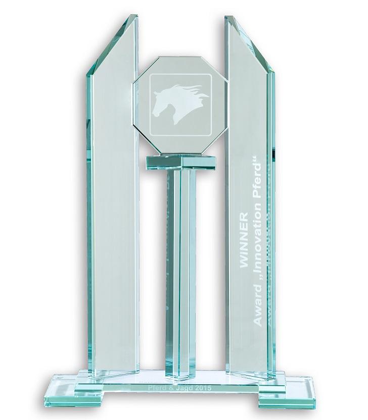 """Innovation """"Pferd"""" Award 2015 - CARELINER Pferdeanhänger"""
